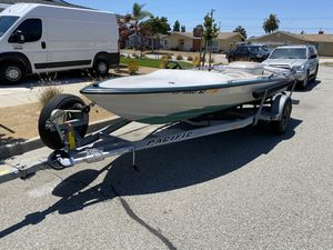 17' Boat with 3.0 Mercruiser for Sale in Buena Park, CA