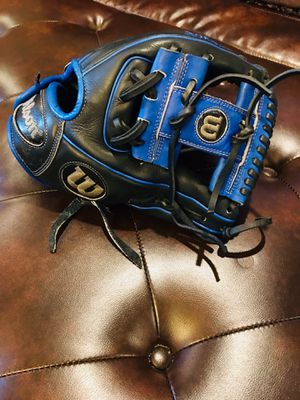 WILSON LIMITED DUSTIN PEDROIA BASEBALL GLOVE for Sale in Pasadena, TX