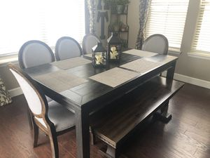 Dining table, five chairs a and bench for Sale in Arvada, CO