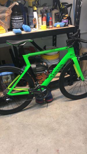 Road Bike CANYON size 54 excelente condición $2300 for Sale in Miami, FL