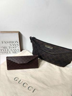 Vintage Gucci demi pochette with Dustbag and sunglass case for Sale in Smyrna, GA