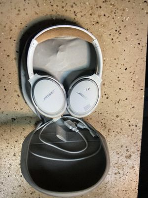Bose headphones for Sale in Damascus, OR
