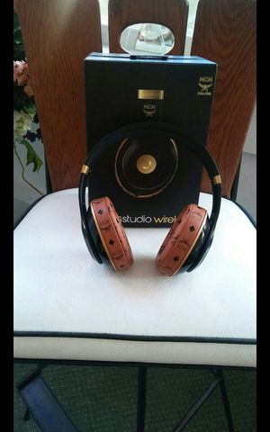 Beats by Dre MCM SPECIAL EDITION Wireless for Sale in Portsmouth, VA