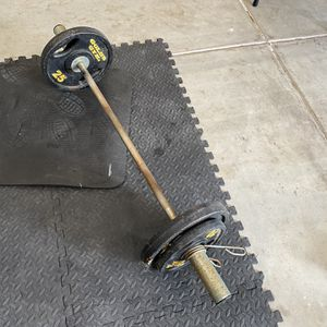 Olympic Weight Curl Bar for Sale in San Bernardino, CA