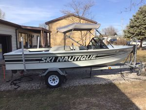 1981 Ski Nautique LTD for Sale in Madison, IL