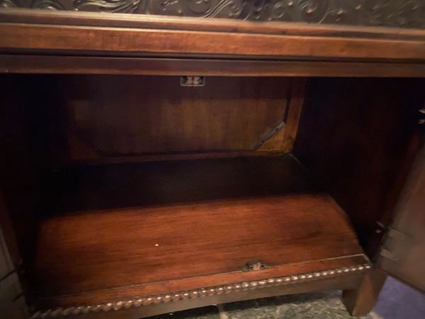 Brown night stand/entertainment stand
