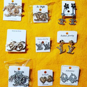 Earring set $8 per set for Sale in Wadsworth, OH