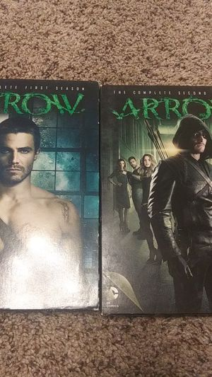 Arrow seasons 1 and 2 bundle tv show for Sale in Florence, MT