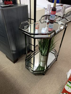 🛌🛋BAR TABLE IN GLASS AND ALUMINUM 🛋🛌 for Sale in Hollywood, FL