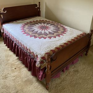 4-Piece Antique Vintage Bedroom Suite for Sale in Charles Town, WV
