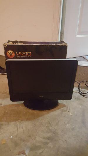 """19"""" Vizio TV for Sale in Rockville, MD"""