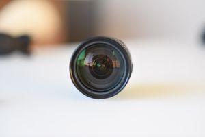 Nikon Nikkor 18-200mm AF-S DX f/3.5 - 5.6 G ED VR lens for Sale in Seattle, WA