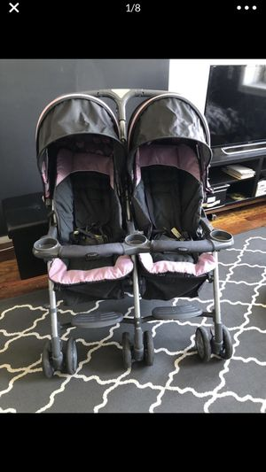 Double stroller for Sale in Brooklyn, NY