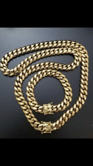 BRAND NEW 18K and 14K Cuban link chains and bracelet for Sale in Freehold, NJ
