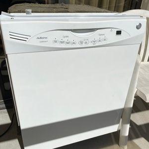 White Adora QuietPower 3 Dishwasher for Sale in Naples, FL