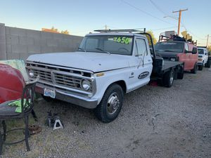 F350 ford flat bed for Sale in Phoenix, AZ