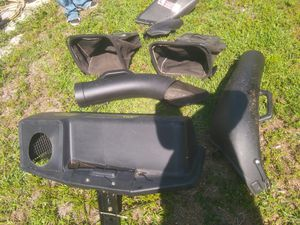 John deer grass catcher setup for Sale in West Palm Beach, FL