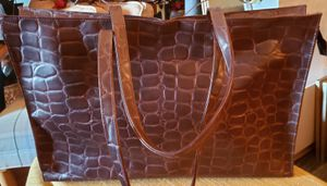 Estee Lauder Purse Embossed Alligator Handbag Brown Tote...Very nice pre-owne bag. 19x12x5 with 12 inch strap drop for Sale in St. Louis, MO
