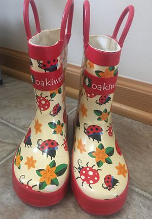 Toddler girl rain boots size 6 for Sale in Carpentersville, IL
