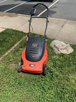 Excellent condition ELECTRIC LAWN MOWER and weed waker for Sale in Manassas, VA