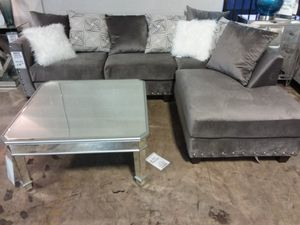 GLAM SECTIONAL SOFA WITH ACCENT PILLOWS AND NAILHEAD TRIM for Sale in Richardson, TX
