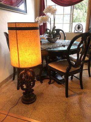 Antique vintage Big lamp for Sale in Los Angeles, CA