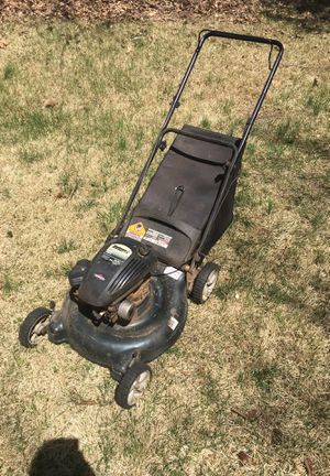 briggs and stratton lawn mower for Sale in Affton, MO