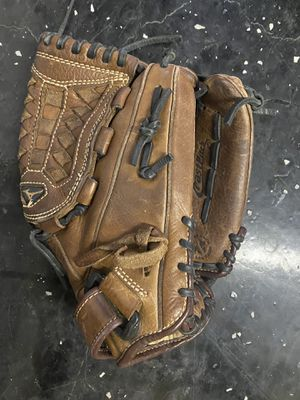 Mizuno fast pitch softball glove for Sale in Scottsdale, AZ