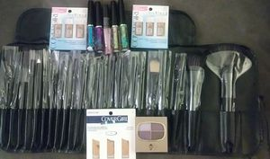 Makeup and makeup brushes for Sale in Parma, OH