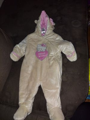 Girls baby onsie for Sale in Fresno, CA