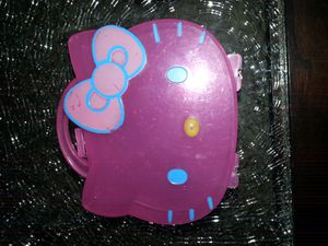 Small Hello Kitty organizer in excellent condition serious buyers and FIRM offers only for Sale in Chula Vista, CA