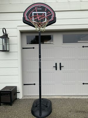 Basketball hoop for Sale in Stanwood, WA
