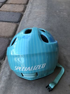 Girls specialized bike helmet for Sale in Gilbert, AZ