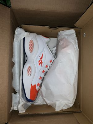 Reebok question low patent orange size 9.5 for Sale in Fremont, CA