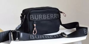 Burberry black crossbody bag for Sale in Chicago, IL