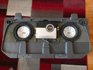 Avalanche/Escalade midgate subwoofer box for Sale in Lowell, MA