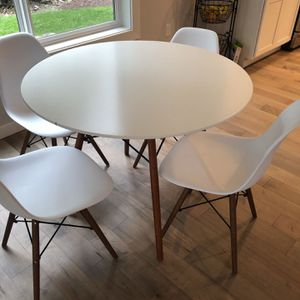 Dining Table Set for Sale in Snoqualmie Pass, WA