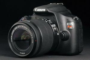 Canon Rebel T5 for Sale in Ashburn, VA