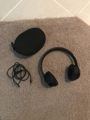 Beats Solo 3 - Wireless Bluetooth Headphones for Sale in San Diego, CA