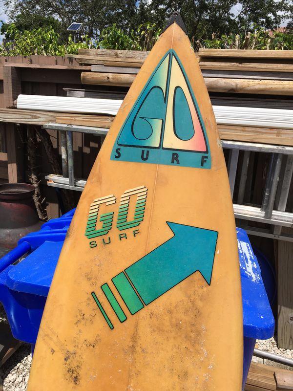 Vintage 70s surfboard go surf