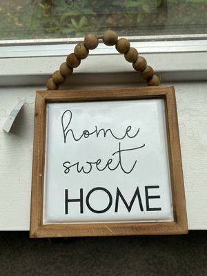Small hanging home decor frames for Sale in West Linn, OR