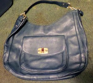 MERONA Shoulder Bag for Sale in Lexington, SC