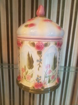 $15.00 - Ceramic Cookie Jar or Tight Lid Container - ON SALE TODAY ONLY for Sale in Miami, FL
