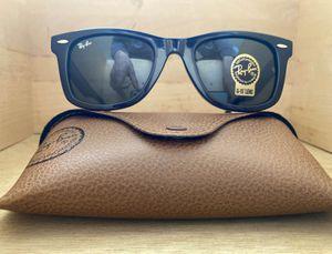 Brand New Authentic Wayfarer Sunglasses for Sale in San Antonio, TX