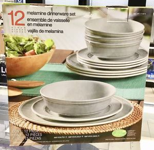 Melamine Dinnerware Set Juego de vajilla de Melamina 12 Pcs for Sale in Miami, FL