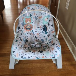 Baby Rocker Can Hold Up To Toddler for Sale in Simpsonville, SC