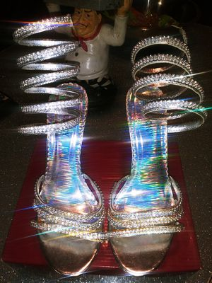 Beautiful Silver party Dress Shoes for Sale in Westwego, LA