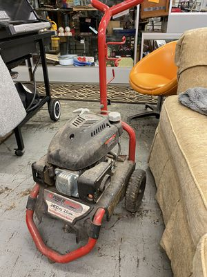 Power washer 2400psi 2.0gmp for Sale in Mentor, OH