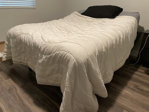 Adjustable Bed frame for Sale in Goodyear, AZ