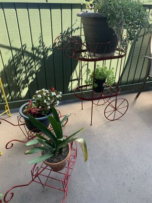 Wagon plants stand for Sale in Anaheim, CA
